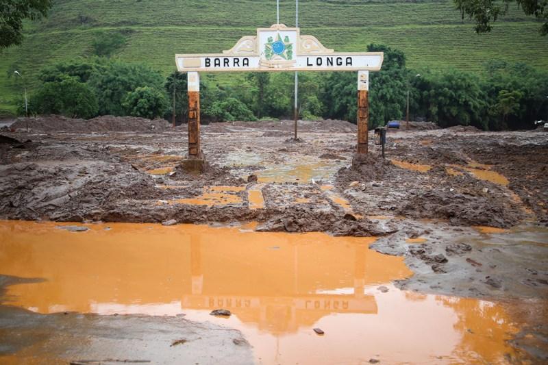 Municipio Barra Longa-MG, atingido pela lama da barragem de mineração da Vale/BHP Billiton. Foto: Joka Madruga